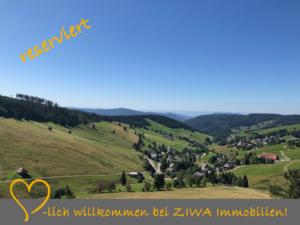 * RESERVIERT * Eigenständiges Schwarzwaldhaus in unverbauter Aussichts- und Höhenlage mit 2 Garagen