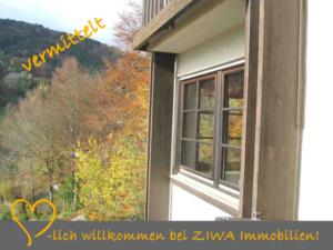 * VERMITTELT *, teilmöblierte 2,5-Zimmer-Wohnung zur Miete mit Panoramablick, Balkon!