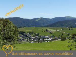 * VERMITTELT * Höhenlage am Schauinsland, 2-Zi-FeWo mit guter Aufteilung und überdachtem Balkon (W), OG, Ke, Stellpl.